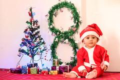 #Dhruavaan #babyphotography #christmas #santaclaus #gifts #christmastree #babyphotographer #babyprops #baby #babyboy #8monthsold #milestone (akashkalathia) Tags: babyboy dhruavaan santaclaus milestone baby 8monthsold babyprops babyphotography christmastree christmas babyphotographer gifts