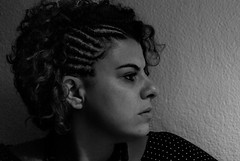 Foto-Arô Ribeiro-7890 (Arô Ribeiro) Tags: pho blackwhitephotos photography laphotographie bnw blackandwhite blackandwhiteportrait candidportrait portrait fernandaprocópio arôribeirofotógrafo arte fineart nikond40x nikond7000 thebestofnikon nikon