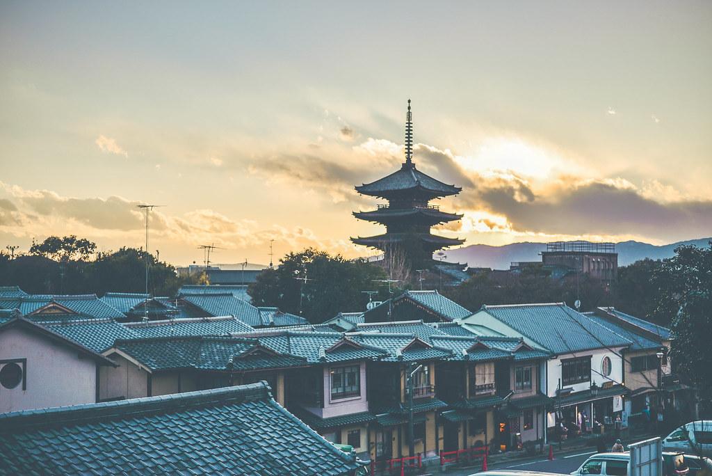 walking around kyoto in kimono-1-45
