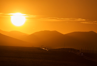 BNSF 7385 GE ES44C4 east during sunset at Sunshine