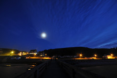 Last rays and Moon rise (jeangrgoire_marin) Tags: normandy normandie moonlight moon moonrise twilight blue longexposure wide