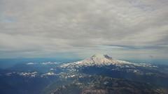 Mt Rainier (jimmywayne) Tags: seattle mtrainier highpoint highest mountain airplane flight washington