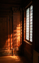 Un pomeriggio tranquillo (studioferullo) Tags: architecture art beauty bright building colorful colourful colors colours contrast dark design detail downtown edge light perspective pattern pretty scene serene tranquil shadow study texture tone world museum seattle washington italian room wood paneling window glass