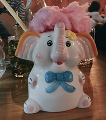 Ridiculous cocktail! (rjmiller1807) Tags: 2018 elephant cocktail iphone capetown causeandeffect cocktailbar elly candyfloss angelbreath iphonese iphonography yum reusable straw ditchthestraw cute silly