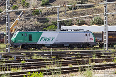427042 (Escursso) Tags: 427042 adif alstom electric fret portbou sncf uic estacion locomotive railway spain station