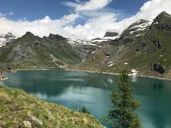 Lago Gabiet - Gressoney (Demogorgon-) Tags: italia paesaggio landscape water nuvole cielo clouds sky gita escursione trekking alpi alps albero tree montagna lago italy lake mountain