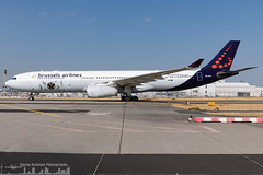 OO-SFX Brussels Airlines Airbus A330-343 Tomorrowland 2018 (FRA - EDDF - Frankfurt) (Sierra Aviation Photography) Tags: tomorrowland fraport frankfurtairport germany frankfurt fra eddf boeing embraer airbus bombardier planespotting planespotter spotter avionik spotting aviation luftfahrt airline airlines airways airport runway landing departure arrival jet sierraaviationphotography canon 5d eos engine taxiway terminal apron flugzeug aeroporto avião luchthaven vliegtuig luchtvaart airliner jetliner civilaviation aircraft airplane aeroplano sierraaviation 飛機 飞机 الطائرات 航空機 空港 مطار 机场 航空公司 الطيران エアライン 항공회사