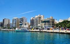 2016-06-08j rejs Sliema (13) (aknad0) Tags: malta sliema krajobraz morze architektura statki