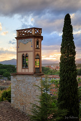 Torre de l'esglèsia de Santa Llúcia de Girona, Catalunya. (jepiswell) Tags: girona catalunya catalonia esglesia church sunset