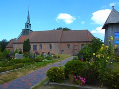Kirche in St. Peter Dorf (Sophia-Fatima) Tags: stpeterording eiderstedt nordfriesland schleswigholstein deutschland stpeterdorf stpeterkirche