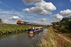 221115 (Lewis_Hurley) Tags: barge sky colour dieselmultipleunit dmu diesel passenger railway train uk england warwickshire shilton oxfordcanal canal westcoastmainline wcml virgintrains virgin bombardier polmadiedepot class221 221115 221