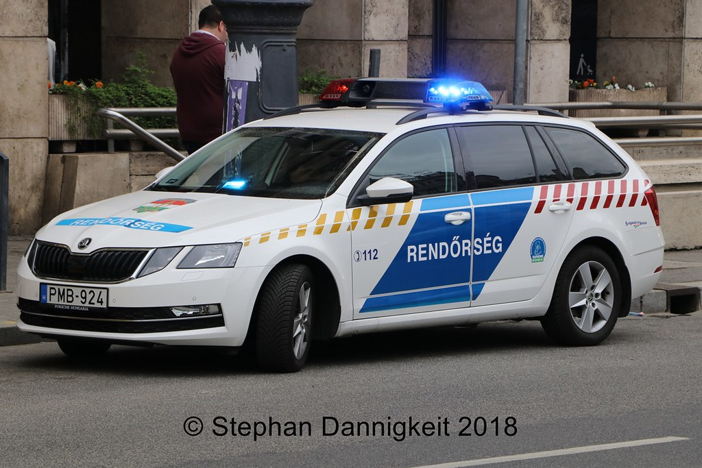 Skoda au service de la police - Page 6 40673309775_cc852e8823_b