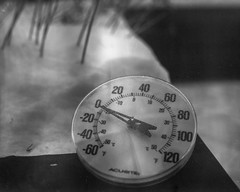 Zero (Phil Roeder) Tags: desmoines iowa thermometer cold winter snow zero intrepidcameraco 4x5 largeformat schneiderkreuznachsuperangulon1890 ilfordfp4plus blackandwhite monochrome
