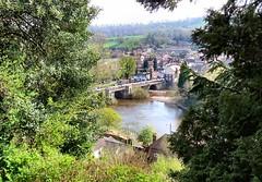 The bridge at Bridgnorth (John McLinden) Tags: shropshire bridgnorth bridge roadbridge river riversevern severn