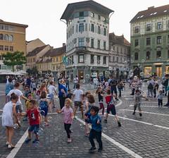 Ljubljana (happy.apple) Tags: ljubljana slovenia si children soapbubbles otroci milnimehurčki prešernovtrg geotagged
