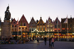 Bruges: Market Square in the Evening (romanboed) Tags: leica m 240 summilux 50 europe belgium bruges evening square market place markt street