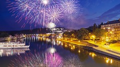 Fête nationale française (ΨᗩSᗰIᘉᗴ HᗴᘉS +18 000 000 thx) Tags: fête france night firework feudartifice hensyasmine namur belgium europa aaa namuroise look photo friends be wow yasminehens interest intersting eu fr greatphotographers lanamuroise tellmeastory flickering landscape 7dwf waterscape reflet reflection