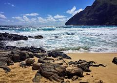 Makapu'u (jcc55883) Tags: makapuu makapuubeach makapuubeachpark makapuupoint beach sand shore shoreline hawaii oahu waimanalo kalanialolehighway luckywelivehawaii 808 sky clouds surf pacificocean ocean ipad