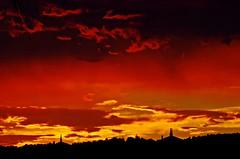 Tarde de fuego, Academia General Militar de Zaragoza (portalealba) Tags: zaragoza aragon españa spain sunset sol atardecer ocaso portalealba pentax pentaxk50 1001nights 1001nightsmagiccity 1001nightsmagicwindow nwn nubes