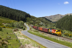 KiwiRail 5264   trein 725   Ethelton (NZ)   19-11-2014 (Freek1985) Tags: show kiwirail dxc ge generalelectric ethelton etheltongorge cargo train railroad containers