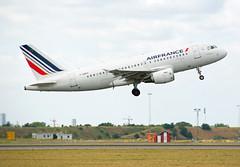 F-GRHT (Skidmarks_1) Tags: fgrht airbusa319 airfrance cph ekch denmark aviation aircraft airport airliners