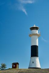 Swedensummer (hapequ1) Tags: leuchtturm schweden hütte himmel sky