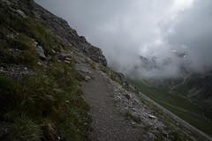 trail to Muot Surent (Toni_V) Tags: m2408289 rangefinder digitalrangefinder messsucher leicam leica mp typ240 type240 28mm elmaritm12828asph hiking wanderung randonnée escursione graubünden grisons grischun predabergün muotsurent valzavretta fog nebel mist summer sommer alps alpen albula switzerland schweiz suisse svizzera svizra europe trail wanderweg sentiero ©toniv 2018 180707