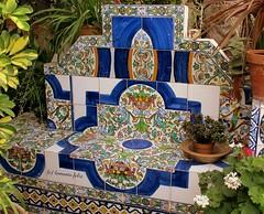 """EXPLORE 9 de Julio de 2018 # Nº 105 y 117 de mi página. Detalle en el Patio donde está la Tumba de José Mª """"El Tempranillo"""" Alameda (Málaga) (lameato feliz) Tags: rutadeltempranillo alameda málaga azulejos"""