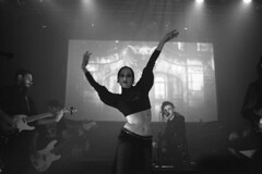 . (m_travels) Tags: kodaktmax3200 nightphotography blackandwhite плёнка film 35mmfilm grain dark moody cool style gothic analog argentique concert music artist dancer singer goth dnalounge performance anthonyjones rock band