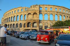 Amphitheatre (Esther van de Logt) Tags: amphitheatre amfitheater pula volkswagen cultuur roman romeinen culture ancient ruin old blue sky red wagon van travel inspiration croatia beautiful city europe