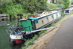 Un-named Narrow Boat . River Stort Navigation , Bishops Stortford , Hertfordshire . Friday 20th-July-2018 . (AndrewHA's) Tags: hertfordshire bishopsstortford river stort navigation canal narrow boat unnamed barge bicycle