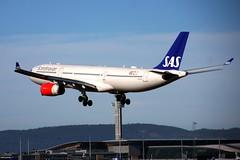 SAS-LN-RKN, OSL ENGM Gardermoen (Inger Bjørndal Foss) Tags: lnrkn sas scandinavian airbus a330 osl engm gardermoen