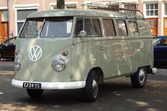 TJ-24-55 1962 Volkswagen Transporter Kombi (Skitmeister) Tags: tj2455 carspot nederland skitmeister car auto pkw voiture