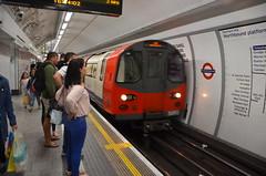 Northern Line Northbound platform (afagen) Tags: london england uk unitedkingdom greatbritain londonunderground underground tube thetube subway transit northernline train