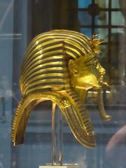 Tutankhamun's Mask (Aidan McRae Thomson) Tags: cairo egyptian museum ancient egypt tutankhamun golden gold sculpture