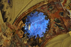"""El Transparente"" 1729-32, Narciso Tomé , cathédrale Sainte Marie (XIIIe-XVe), Tolède, Castille-La Manche, Espagne. (byb64) Tags: tolède toledo castillelamanche castillalamancha europe europa eu ue espagne espana spain spagna spanien ville ciudad citta town city stadt cascohistorico altstadt vieilleville unesco unescoworldheritagesite cathédrale catedrala cathedral dom duomo église church chiesa iglesia kirche moyenage middleages edadmedia gothique gothic gotico artgothique baroque baroco barocco barock artbaroque xviiie 18th narcisotomé"