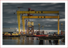 The lift. (Deek Wilson) Tags: harlandandwolff hw belfastshipyard samson goliath gantrycrane heavyindustry northernireland belfast skyline