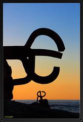 San Sebastian_Peine_Viento (mariogdb) Tags: sansebastian donostia peine viento wind sculpture structure sunset atardecer sombras shadows españa spain chillida