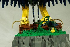 Gaze of the Cockatrice - Baby Chick (Saberscorpsr's LEGO Space) Tags: lego moc saberscorpsr cockatrice monster monstrous bird avian wing design sculpture mythology mythological creature giant eagle brickvention 2017