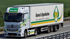 NL - Wulro Eieren & Eiprodukten MB New Actros 1945 Gigaspace (BonsaiTruck) Tags: wulro eieren eiprodukten mb actros lkw lastwagen lastzug truck trucks lorry lorries camion caminhoes
