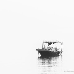 Somewhere on the bay (Ana Isabel Iranzo) Tags: blanco y negro bw water agua ha long bay vietnam canon anais iranzo