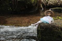 An afternoon on the river (Ninotpetrificat) Tags: mamachapp mamachapptoy toys japantoy juguete muñeca puppe japandoll asiandoll doll hobby kawaii cute river obitsu