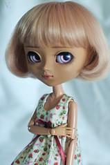 kiki (uglycherries) Tags: pullip doll mio kit marrone obitsu obitsued rewigged white strawberries dress groove wig