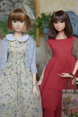 Fiona & Ava (Girl Least Likely To) Tags: momoko sekiguchi closeclippedsheep dolls toys asianfashiondolls japanesetoys miniatures dollhouse dollscene diorama dollroom livingroom dresses