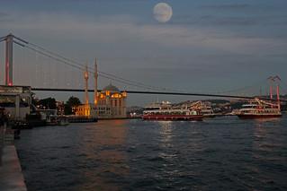 Ortaköy Camisi ve Boğaz Köprüsü