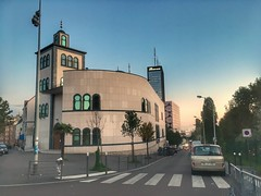 Bagnolet on a Friday evening (LUMEN SCRIPT) Tags: france urbanphotography urban suburbanphotography suburb architecture building mosque colours streetphotography