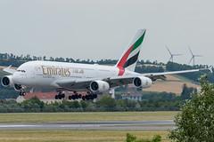A388_EK127 (DXB-VIE)_A6-EUE_2 (VIE-Spotter) Tags: vienna vie airport airplane flugzeug flughafen planespotting wien
