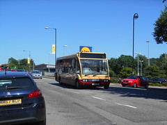Harris Coaches 03 (Welsh Bus 18) Tags: harriscoaches optare solo m850 03 yj51jwz ystradmynach thorpes