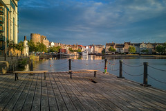 The Shore, Leith (MilesGrayPhotography (AnimalsBeforeHumans)) Tags: architecture auldreekie britain city cityscape camera cameraphone phone edinburgh europe evening glow historic iconic landscape leica huawei huaweip20pro landscapephotography leith outdoors old photography photo reflections river scotland scenic sky skyline sunlight sunshine town uk unitedkingdom victoriaswingbridge waterscape wide water waterofleith summer mobilephone