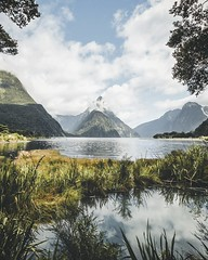 The Milford Sound in New Zealand is such a beautiful place 😍 #newzealand #milfordsound #fjord #mountains #landscape #sky (tom_juenemann) Tags: sky milfordsound fjord mountains newzealand landscape